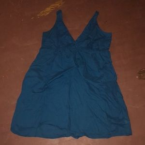 Deep blue need vneck dress